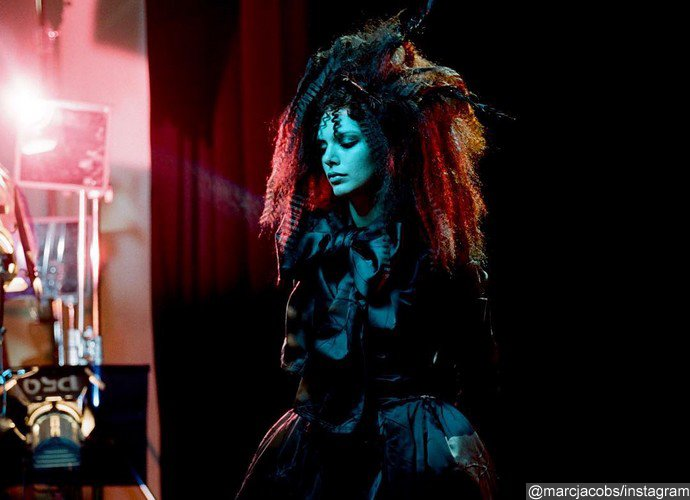 Kendall Jenner Transforms To Goth Goddess In Mac Jacobs New Campaign